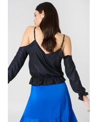 NA-KD Blue Party Cold Shoulder Knot Glitter Top