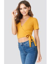 NA-KD Yellow Statement By Influencers Denise Bobe Overlap Short Sleeve Top