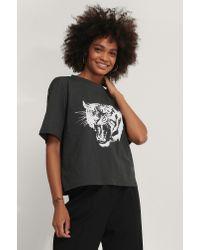 NA-KD Black Übergroßes Druck-T-Shirt
