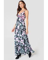 5f58d7f89d NA-KD. Women's Multiprint V-neck Dress Black/pink Flower Print