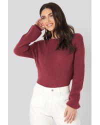 NA-KD V-neck Back Overlap Knitted Sweater in het Red
