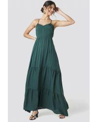 NA-KD Cross Back Flowy Maxi Dress in het Green