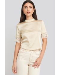 Trendyol Lace Sleeve Detailed Top in het Natural