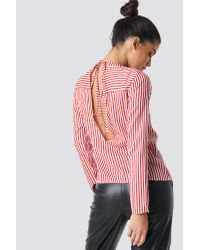 Rut&Circle Layla Back Knot Shirt in het Red