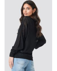 NA-KD Black Light Weight V-Neck Knitted Sweater