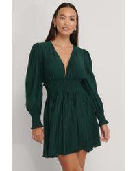 NA-KD Green Boho Strukturiertes Kleid Mit Smock-Taille