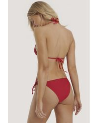 NA-KD Triangle Bikini Top in het Red