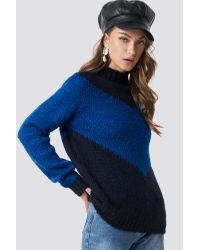 NA-KD Blue Hannalicious x High Neck V-blocked Knitted Sweater