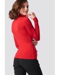 Viscose Long Sleeve Polo Top NA-KD en coloris Red