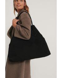 NA-KD Black Accessories Große Geflochtene Shopper-Tasche