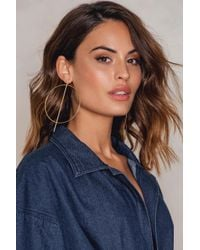 NA-KD - Metallic Big Round And Straight Earring Gold - Lyst