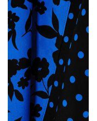 Robe Effet Portefeuille En Crêpe De Chine De Soie Imprimée Siona Alice + Olivia en coloris Blue
