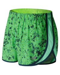 New Balance | Green Accelerate 2.5 Inch Printed Short | Lyst