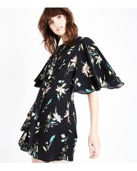 New Look | Black Floral Angel Sleeve Knot Front Dress | Lyst