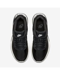Nike Black Md Runner 2 Lw Women's Shoe