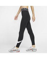 Leggings con logo Sportswear di Nike in Black