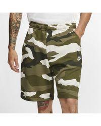 Shorts camo in French Terry Sportswear Club di Nike in Green da Uomo