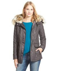 Laundry by Shelli Segal | Gray Waxy Twill Quilted Jacket With Faux Fur | Lyst