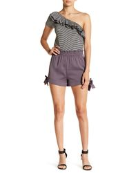 Romeo and Juliet Couture Multicolor Tie Accen Ruffle Waist Shorts