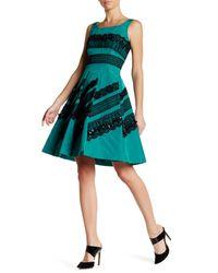 Oscar de la Renta | Black Sleeveless Lace Embellished Sequin Silk Dress | Lyst