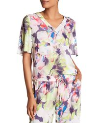 Basler - Pink V-neck Floral Blouse - Lyst