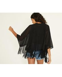 Oasis - Black Lucy Cape - Lyst