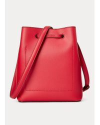 Mini sac seau Debby II rayé Ralph Lauren en coloris Red