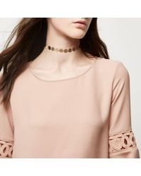 River Island - Metallic Gold Tone Circular Patterned Choker - Lyst