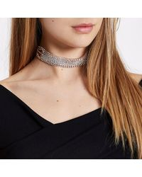 River Island - Metallic Rose Gold Tone Diamante Cup Chain Choker - Lyst