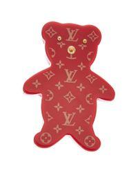 Louis Vuitton - Red Acrylic Teddy Bear Brooch - Lyst