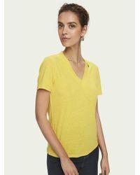 Scotch & Soda T-shirt Met V-hals En Korte Mouwen in het Multicolor