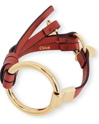 Chloé | Red Leather And Brass Circle Bracelet | Lyst