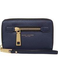 Marc Jacobs Blue Gotham City Grained Leather Wrist Wallet