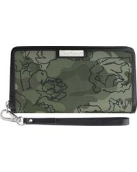 Carhartt Green Floral Camo Zip Clutch Wallet