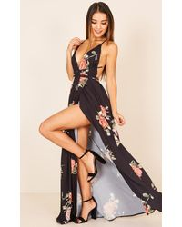 Showpo - Shine Through Maxi Dress In Black Floral - Lyst