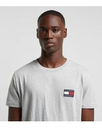 Tommy Badge T-Shirt di Tommy Hilfiger in Gray da Uomo