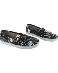 TOMS - Avalon Sneaker Women's Loafers / Casual Shoes In Black - Lyst