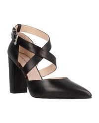 Angel Alarcon 18367 106 Women's Court Shoes In Black