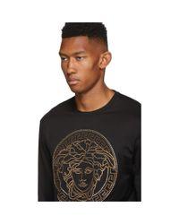 メンズ Versace ブラック エンべリッシュ メドゥーサ T シャツ Black