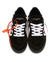 Off-White c/o Virgil Abloh Black And White Low Top Vulcanized Sneakers