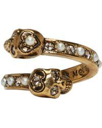 Alexander McQueen - Metallic Gold Crystal & Pearl Twin Skull Ring - Lyst