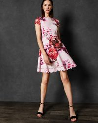 Robe Patineuse Splendour Ted Baker en coloris Pink
