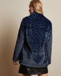 Ted Baker Blue Mantel Aus Kunstfell Mit Leopardenprint