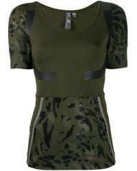 T-shirt di Adidas By Stella McCartney in Green