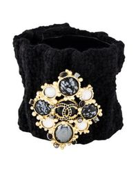 Chanel - Metallic Tweed Cuff With Removable Gripoix Brooch Gold - Lyst