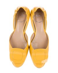Roger Vivier - Yellow Patent Leather Buckle Flats - Lyst