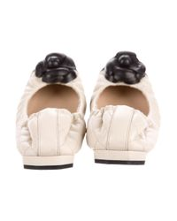 Chanel - Black Camellia Leather Flats - Lyst