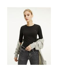 Tommy Hilfiger Black Essentials Half Sleeve T-shirt