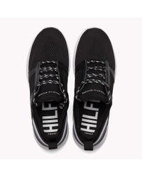 Baskets légères à rayure emblématique Tommy Hilfiger pour homme en coloris Black