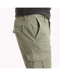 Tommy Hilfiger Green Cotton Stretch Twill Cargo Shorts for men